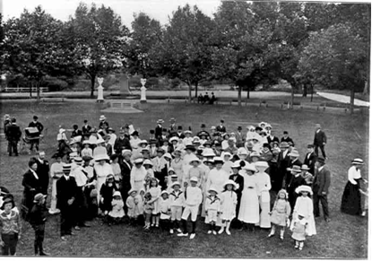 Photo of a Christmas function given for Council employees and their families by Mayor and Mrs E.H. Willis at Victoria Gardens 1913
